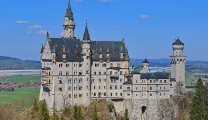 Нойшванштайн — сказочный замок, воплощённый в реальность