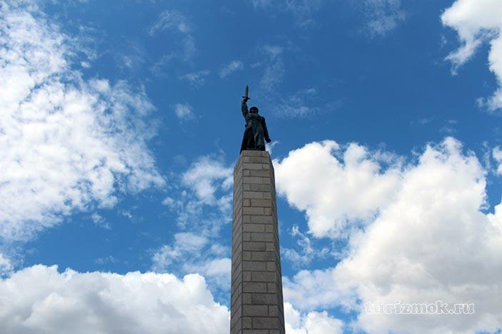 Памятник чекистам фото