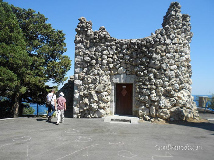 Башня Гирея фото