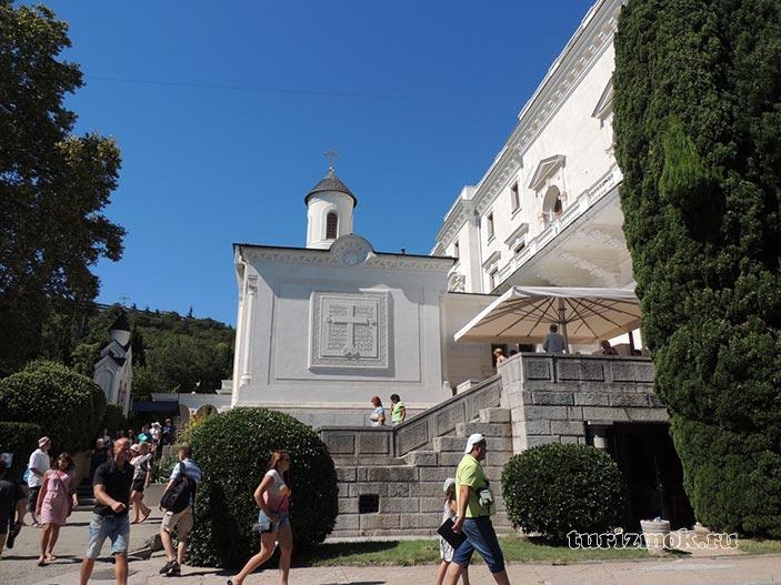 Крестовоздвиженская церковь фото