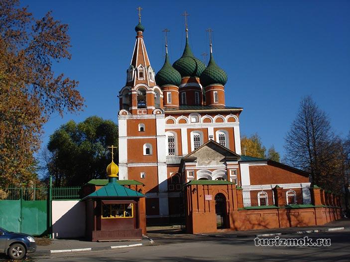 Храм Михаила Архангела фото
